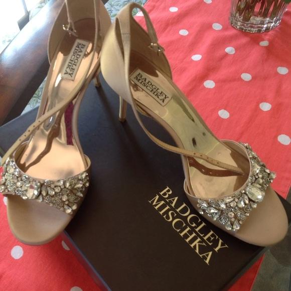 70eabb8180f NWTBadgley Mischka Bankston ankle strap heels